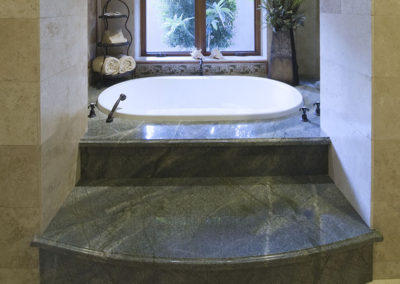 Green Quartzite Tub Deck