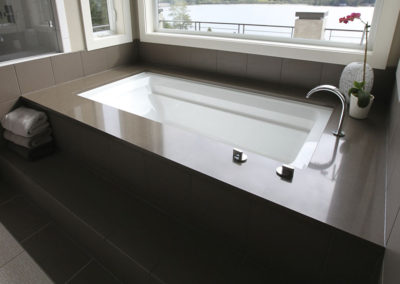 Quartz Undermount Tub Deck